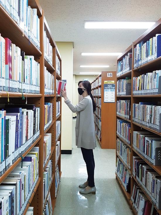 성남시 도서관 부분 개관해요